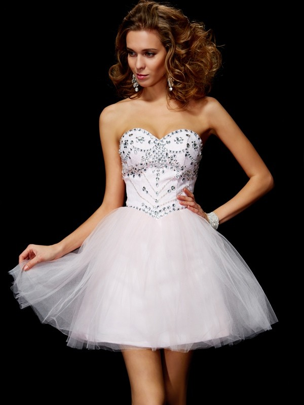 A-Line/Princess Sweetheart Beading Sleeveless Short Organza Homecoming Dresses