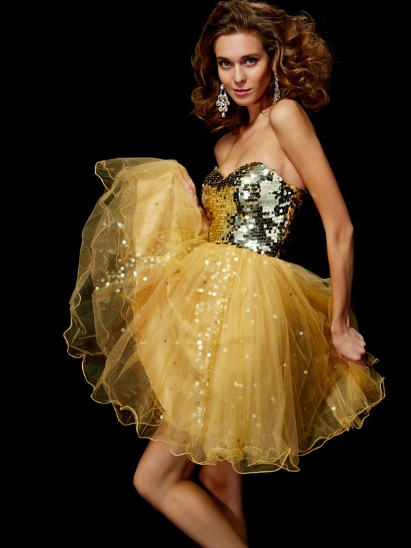 A-Line/Princess Sweetheart Sleeveless Paillette Short Tulle Homecoming Dresses