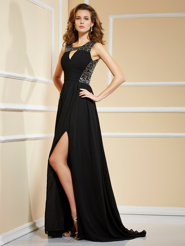A-Line/Princess Sleeveless Lace Long Chiffon Dresses
