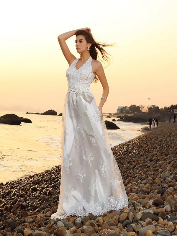 A-Line/Princess Halter Sleeveless Long Lace Beach Wedding Dresses