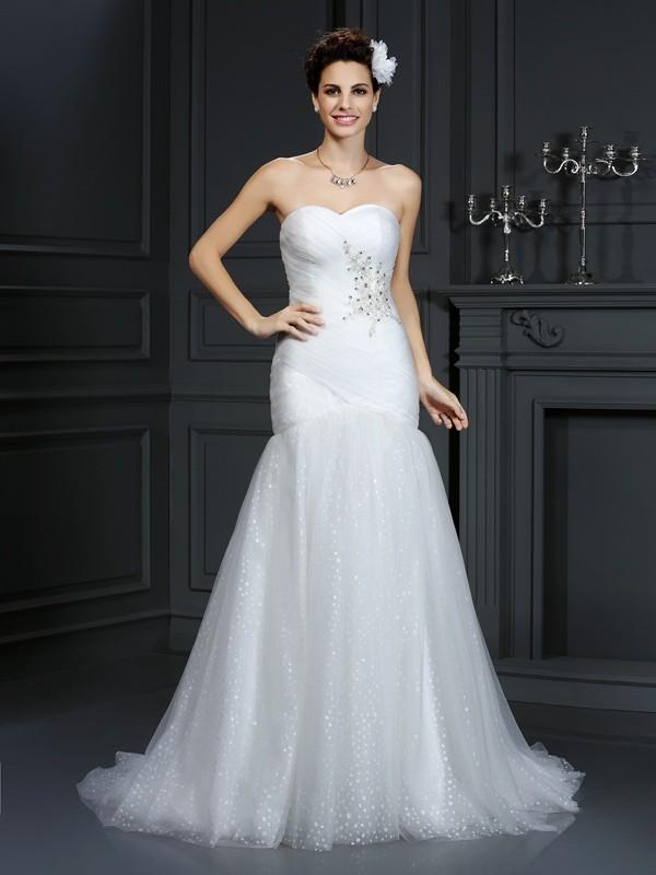 Sheath/Column Sweetheart Beading Sleeveless Long Net Wedding Dresses