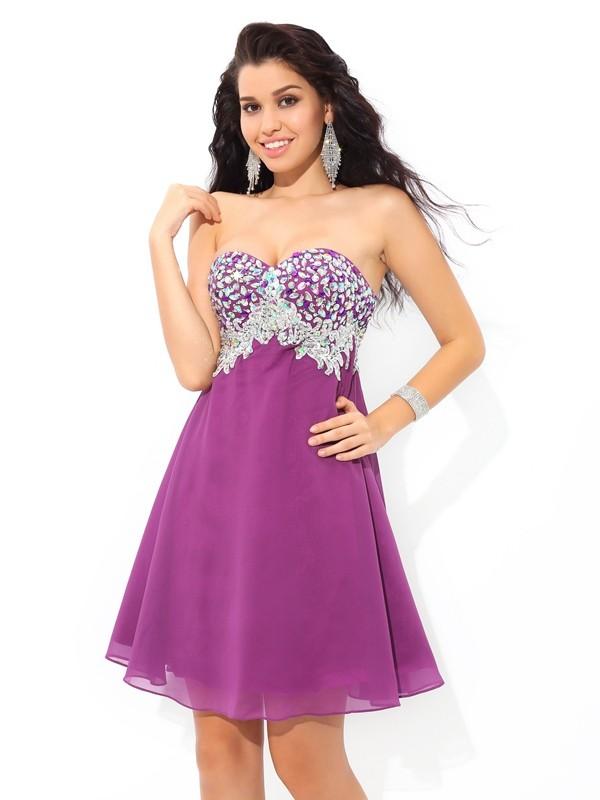 A-Line/Princess Sweetheart Rhinestone Short Chiffon Cocktail Dress