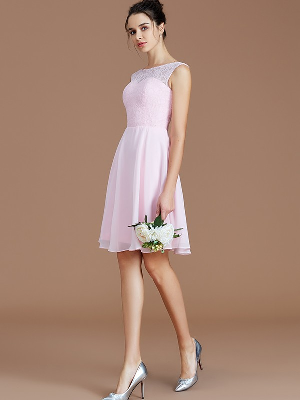 A-Line/Princess Bateau Lace Short/Mini Chiffon Bridesmaid Dress