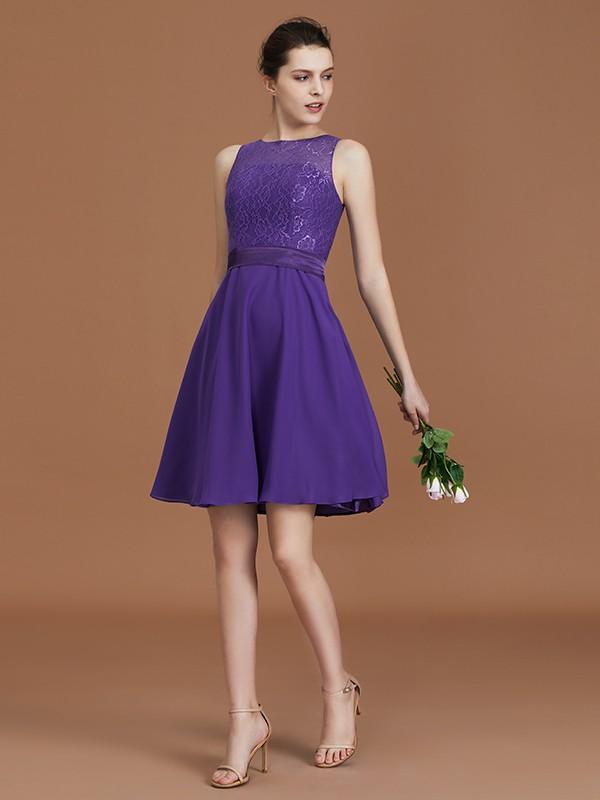 A-Line/Princess Knee-Length Bateau Chiffon Bridesmaid Dresses