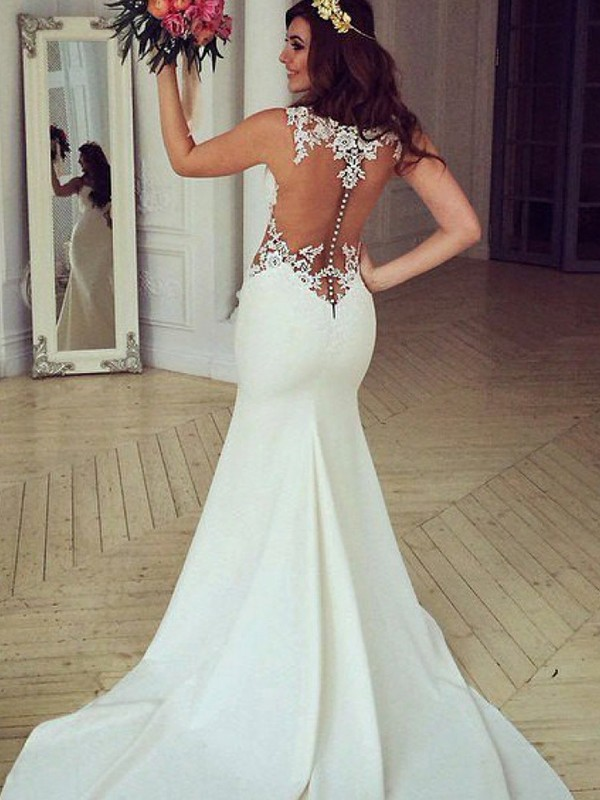 Trumpet/Mermaid Sleeveless Scoop Applique Lace Wedding Dress