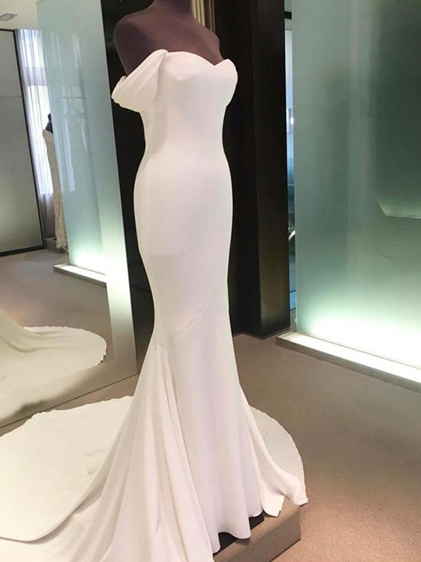 Sheath/Column Short Sleeves Court Train Spandex Wedding Dress