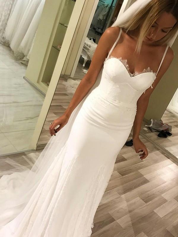 Sheath/Column Sleeveless Chiffon Wedding Dress