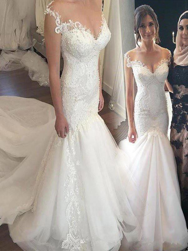 Trumpet/Mermaid Tulle Sleeveless Chapel Train Wedding Dress