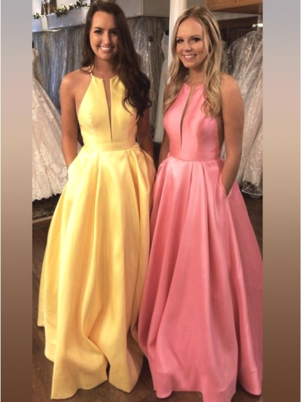 A-Line/Princess Sleeveless Halter Sweep/Brush Train Satin Ruffles Dresses