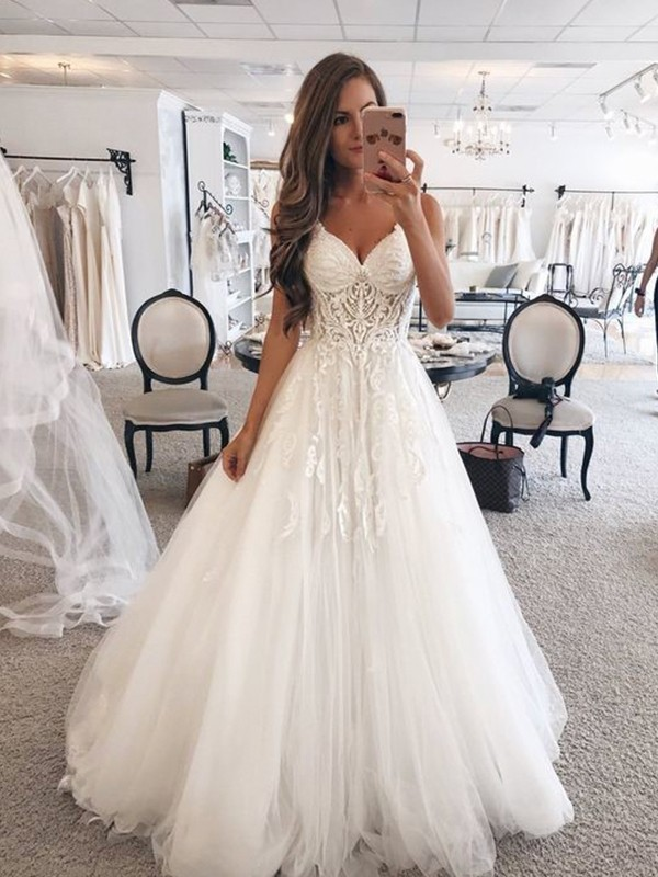 A-Line/Princess Sweetheart Sleeveless Floor-Length Lace Wedding Dresses with Tulle