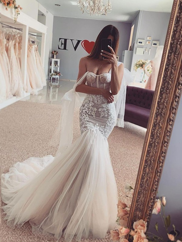 Trumpet/Mermaid Tulle Straps Applique Sleeveless Sweep/Brush Train Wedding Dresses