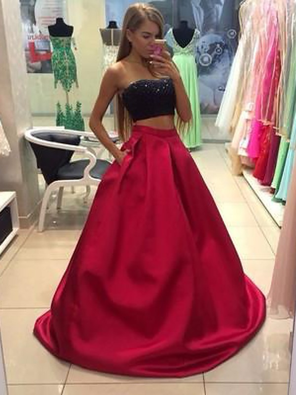 A-Line/Princess Strapless Tulle Floor-Length Beading Two Piece Dress