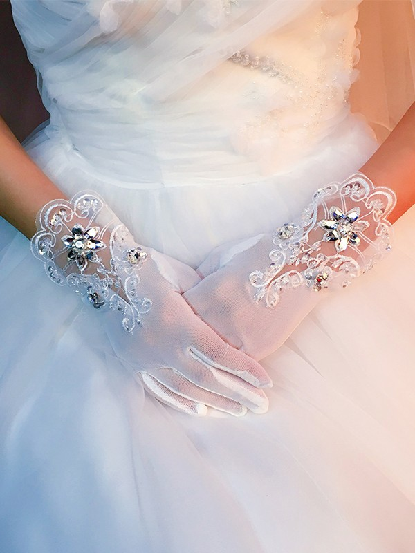 Stunning Tulle With Applique Wedding Gloves