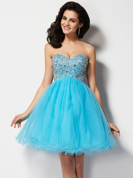 A-Line/Princess Sweetheart Homecoming Dress with Beading