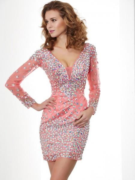 Sheath/Column V-neck Beading Homecoming Dress with Chiffon