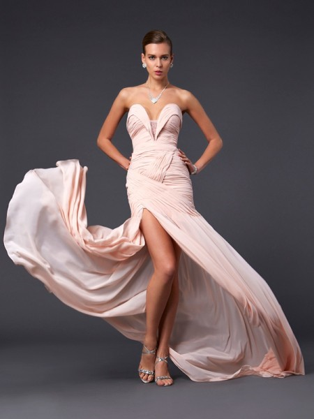 Sheath/Column Sweetheart Pleats Dress with Long Chiffon