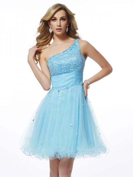 A-Line/Princess One-Shoulder Beading Short Organza Homecoming Dress