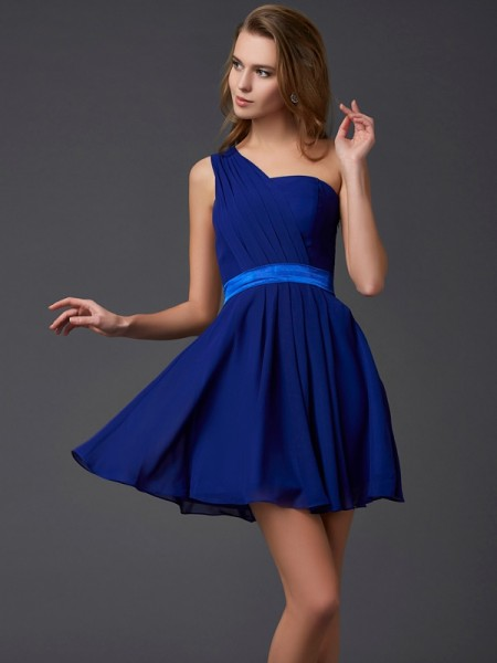 A-Line/Princess One-Shoulder Pleats Short Chiffon Homecoming Dress