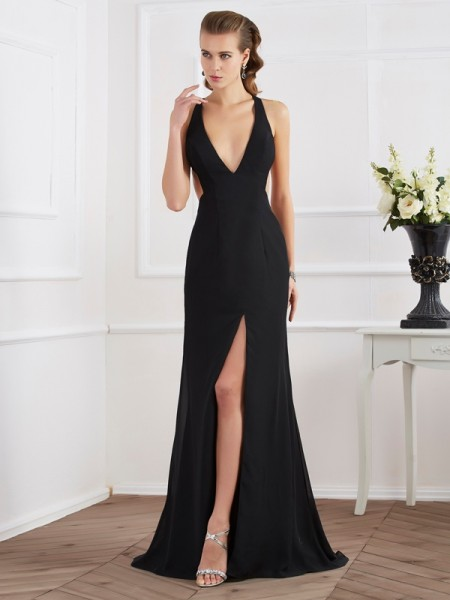 A-Line/Princess Halter Dress with Long Chiffon