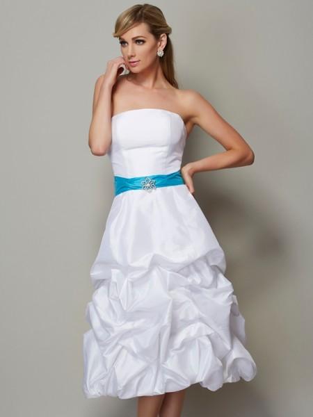 A-Line/Princess Strapless Short Taffeta Bridesmaid Dress