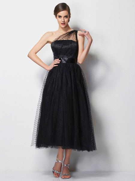 A-Line/Princess One-Shoulder Pleats Short Elastic Woven Satin Bridesmaid Dress