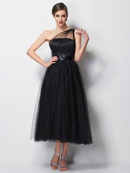 A-Line/Princess One-Shoulder Pleats Short Elastic Woven Satin Bridesmaid Dress