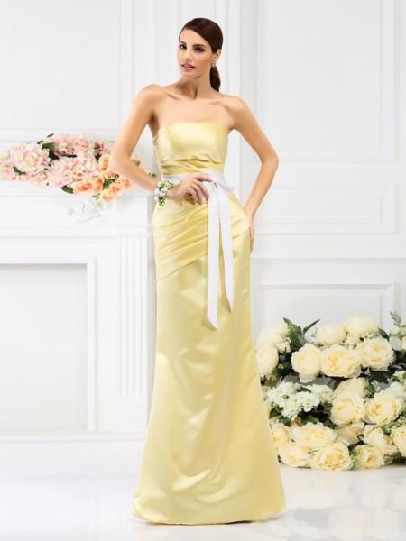 Trumpet/Mermaid Strapless Pleats Long Satin Bridesmaid Dress