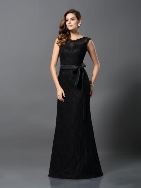 Sheath/Column Scoop Lace Long Satin Dress