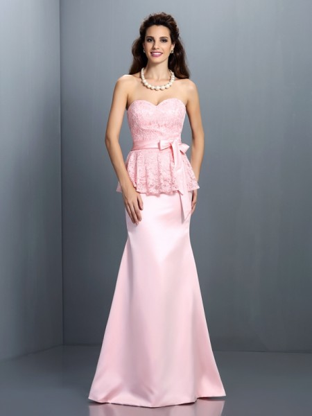 Trumpet/Mermaid Sweetheart Lace Long Satin Bridesmaid Dress