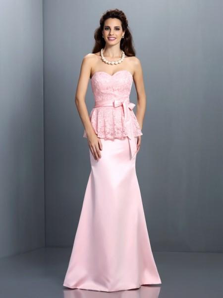 Trumpet/Mermaid Sweetheart Lace Long Satin Bridesmaid Dress
