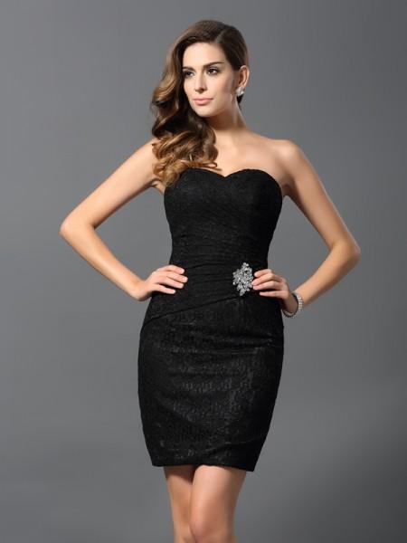 Sheath/Column Sweetheart Short Lace Cocktail Dress