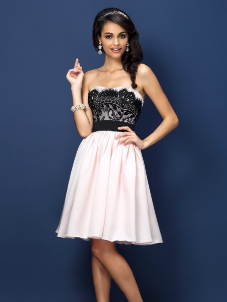 A-Line/Princess Sweetheart Ruched Short Satin Bridesmaid Dress