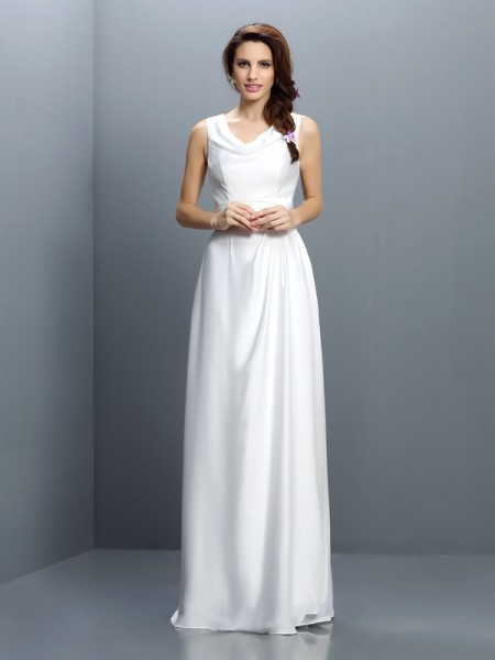Sheath/Column V-neck Bridesmaid Dress with Long Chiffon