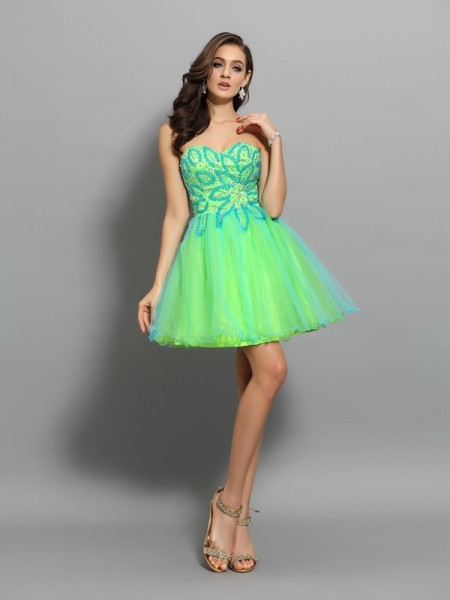 A-Line/Princess Sweetheart Beading Short Net Cocktail Dress