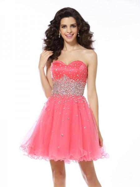 A-Line/Princess Sweetheart Beading Short Organza Cocktail Dress