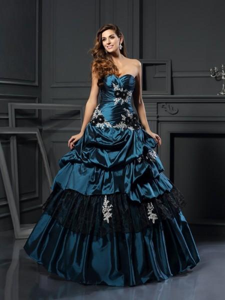 Ball Gown Sweetheart Beading Long Taffeta Quinceanera Dress