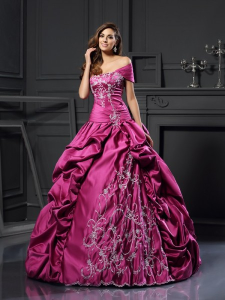 Ball Gown Sweetheart Applique Long Satin Quinceanera Dress