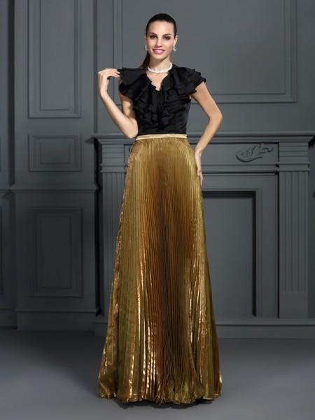 A-Line/Princess V-neck Pleats Long Tulle Dress
