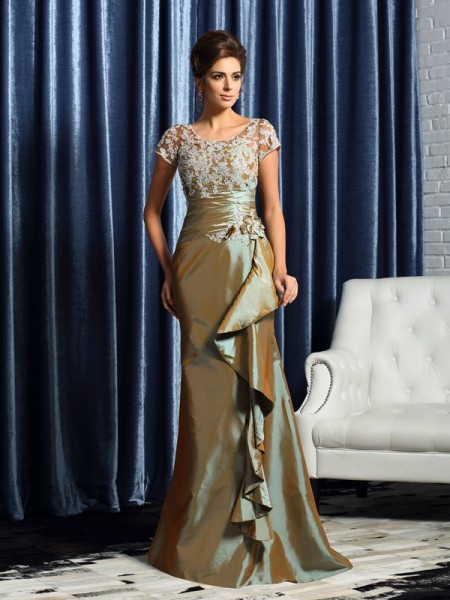 Trumpet/Mermaid Scoop Beading Short Sleeves Applique Long Taffeta Mother of the Bride Dress