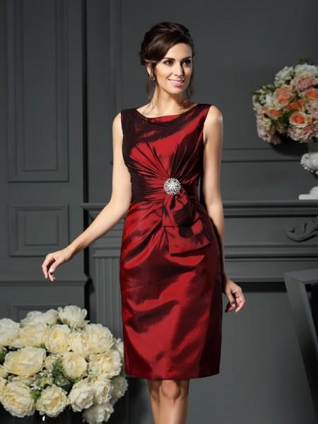 Sheath/Column Scoop Pleats Short Taffeta Mother of the Bride Dress