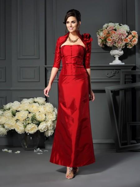 A-Line/Princess Strapless Long Taffeta Mother of the Bride Dress