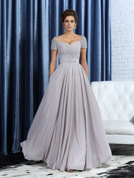 A-Line/Princess Sweetheart Beading Short Sleeves Mother of the Bride Dress with Long Chiffon