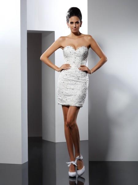 A-Line/Princess Sweetheart Applique Long Tulle Wedding Dress