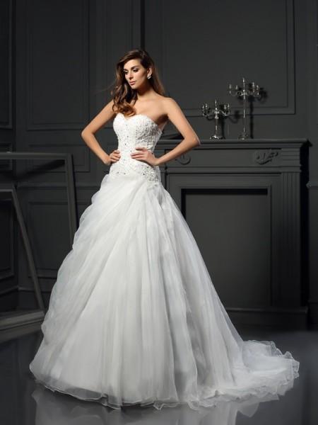 Ball Gown Sweetheart Ruffles Long Organza Wedding Dress