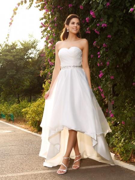 A-Line/Princess Sweetheart Beading High Low Organza Wedding Dress