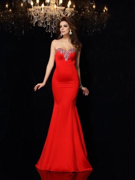 Sheath/Column Sweetheart Beading Long Satin Dress
