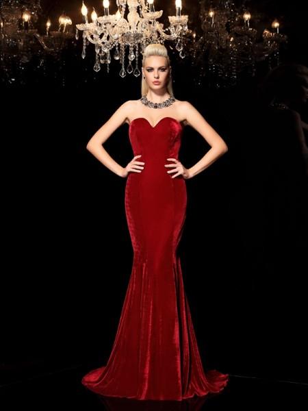 Sheath/Column Sweetheart Long Velvet Dress