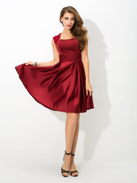 A-Line/Princess Straps Pleats Satin Bridesmaid Dress