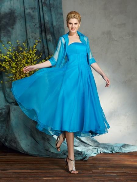 A-Line/Princess Strapless Applique Short Organza Mother of the Bride Dress