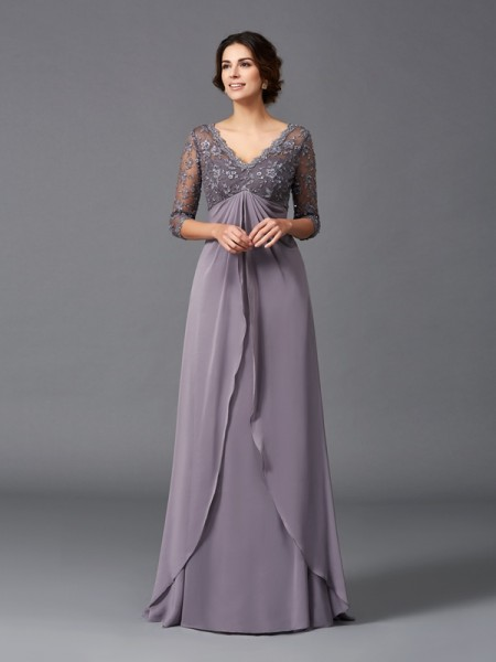 A-Line/Princess V-neck Lace 3/4 Sleeves Chiffon Mother of the Bride Dress